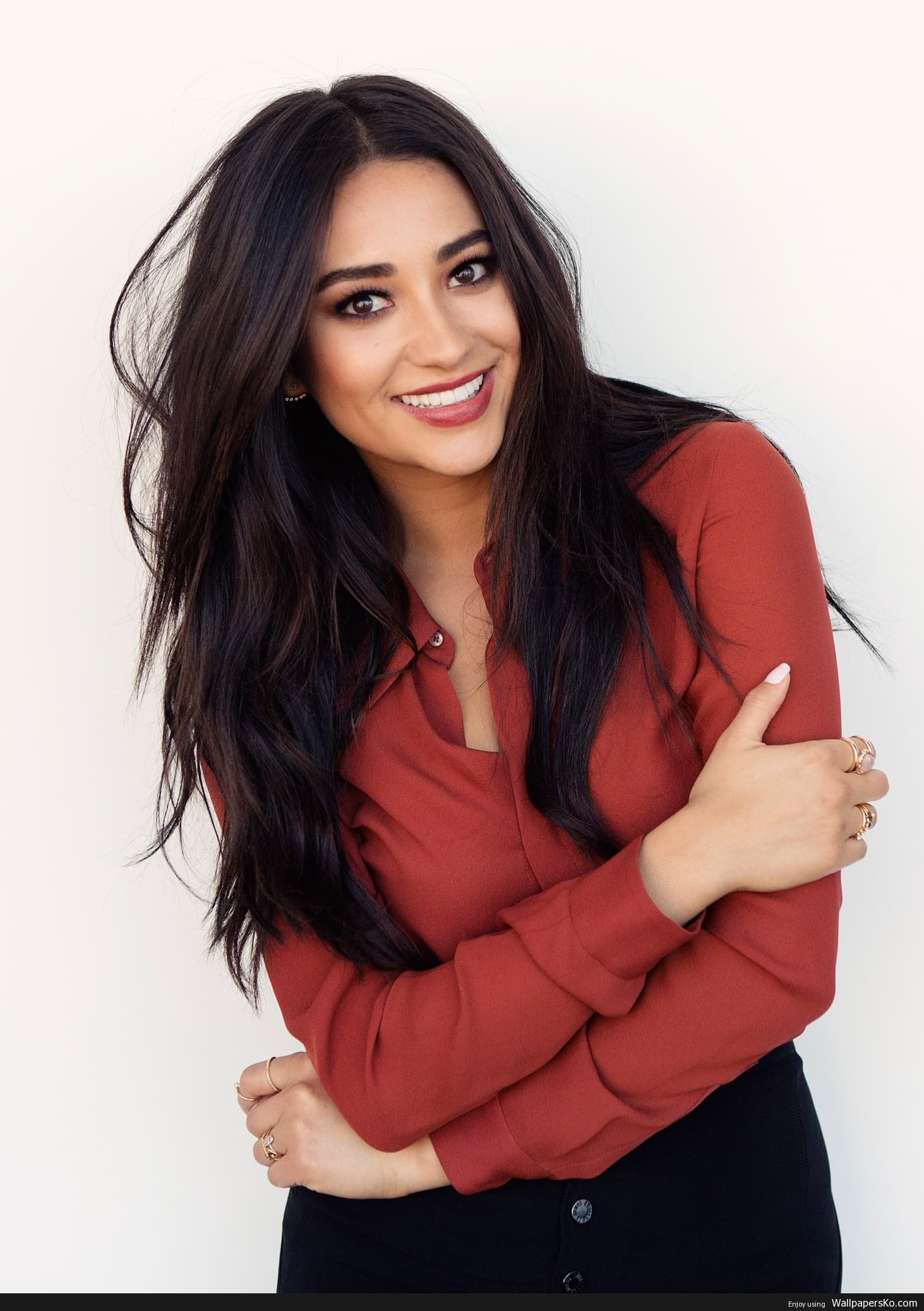 shay mitchell wallpaper iphone